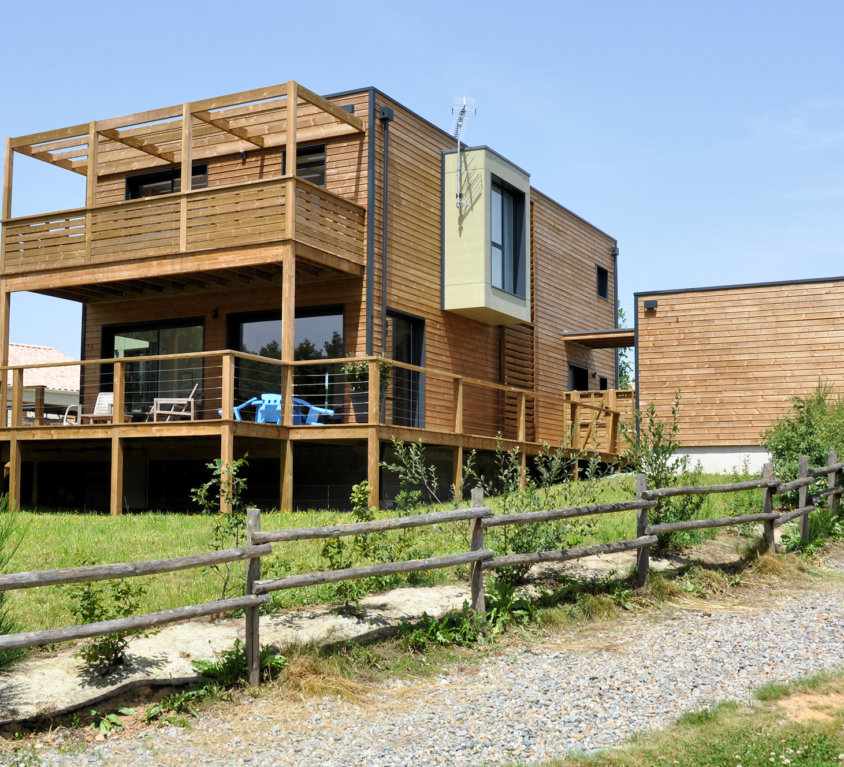 Maison et extension bois de 259 m² à Saint Denis la Chevasse (Vendée, 85)